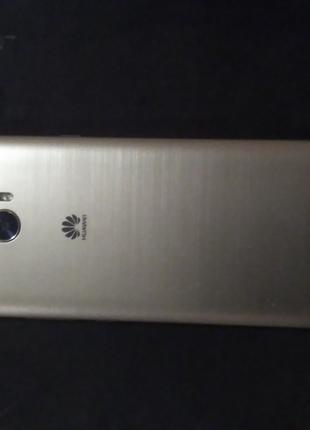 Телефон Huawei y5ll