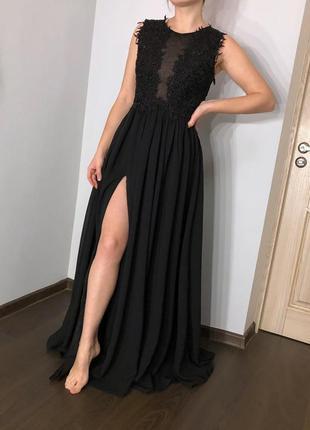 Шикарное платье в пол с разрезом на ножке, выпускное/вечернее