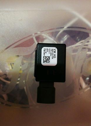 Разъём USB 5Q0035726N