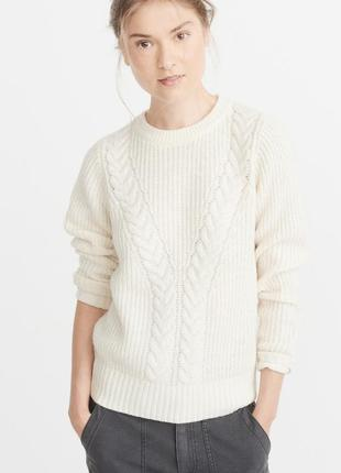 Молочный свитер abercrombie fitch
