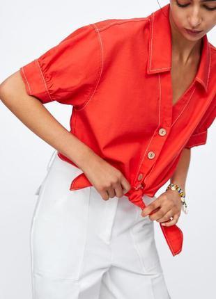 Крутейшая базовая рубашка с массивными пуговицами на завязке zara