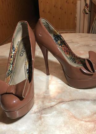 🌿 лаковые туфли с бантом