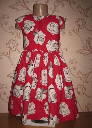 Платье для девочки, на 8 лет. в отличном  состоянии!!!