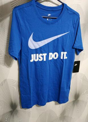 Новая Оригинальная Футболка Nike
