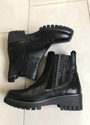 Ботинки кожаные демисезонные дорогой бренд германии carolina р...