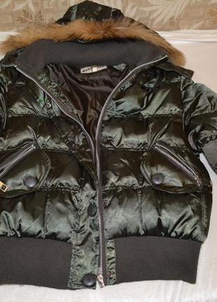 Теплая курточка с нат мехом