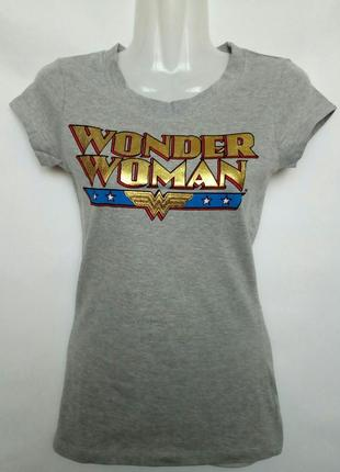 Класснючая футболка wonder woman
