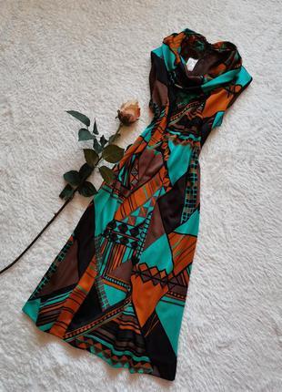 Платье свободного кроя в стиле dolce & gabbana винтажное платье