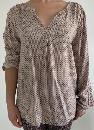 Женская легкая блузка, в интересный принт, бежевая блуза.