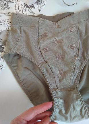 Женские серые трусики/ утягивающее бельё / трусы на высокой по...