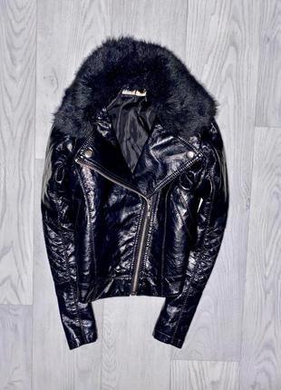 Косуха с меховым воротом куртка кожанка одежда девочка
