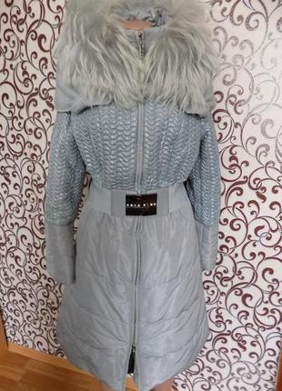 Легкий, теплый пуховик пальто