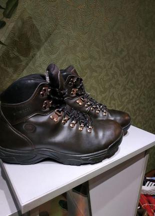 Everest продам мужские ботинки демисезонные  оригинал с герман...