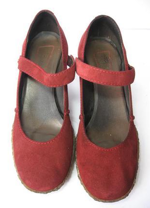 Замшевые туфли. бразилия.