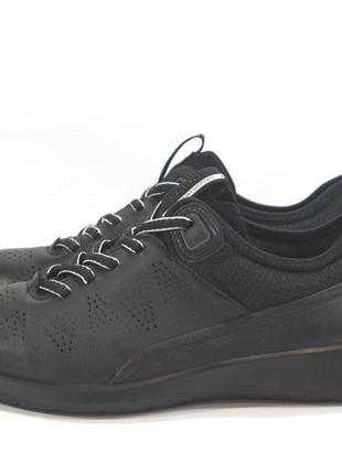 Кожаные кроссовки ecco. оригинал. 37р.