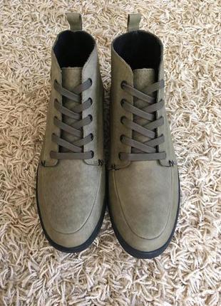 Ботинки деми hub
