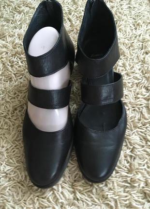 Туфли открытые bata