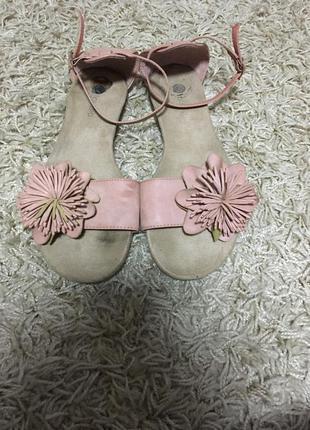 Босоножки цвет пудры