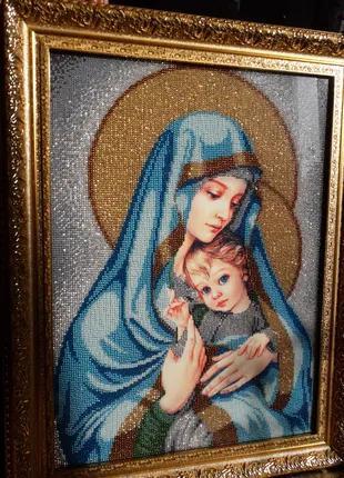 Продам Икону Мадонна с младенцем (вышита бисером)