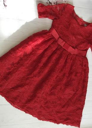 Платье кружевное нарядное  от tu