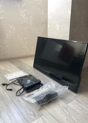 Телевизор Panasonic TX-32CR410