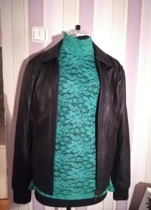 Куртка кожаная (натуральная кожа) размер 36 (наш 40-42) черная