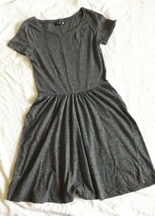 Базовое платье футболка