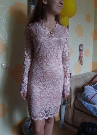 Кружевное нежно платье мини