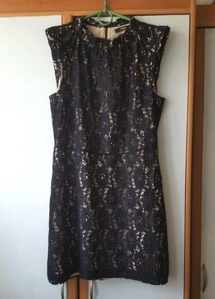 Крутое платье с кружевом