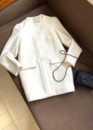 Пальто белое zara