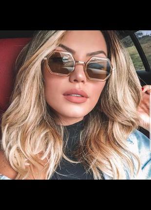 Женские солнцезащитные очки с просветляющими линзами градиент