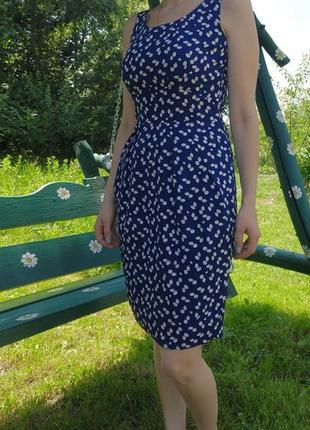 Повседневное приталенное платье приталене плаття uttam london