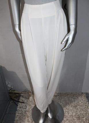 Белые брюки штаны
