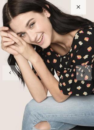Цветочная блузка с рюшами armani exchange