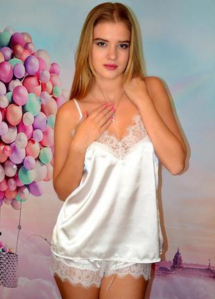 Мягкая, белоснежная пижама с кружевами (кофта на бретельках + ...
