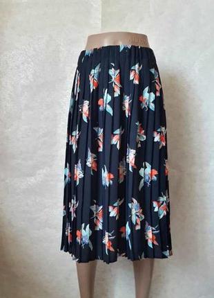 Новая шикарная юбка миди плисе в цветочный принт на синем фоне...