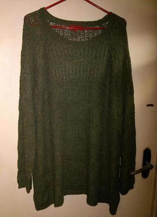 Стильный,удлиненный,оливковый свитер,джемпер,большого evr54-56...