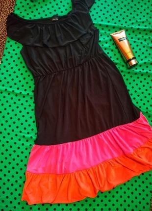 Стильное платье сарафан трикотажное с оборочкой
