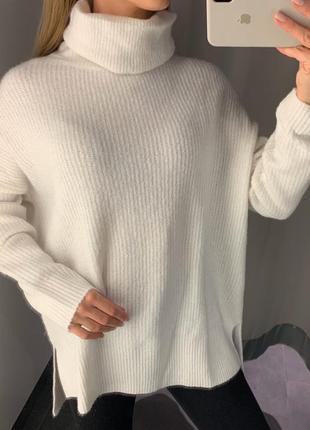 Тёплый белый свитер с горлом пуловер amisu есть размеры