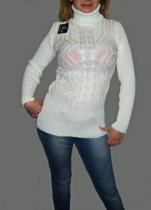 Теплый вязаный свитерок