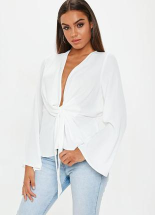 Шифоновая блуза на запах с декоративным узлом missguided ms934
