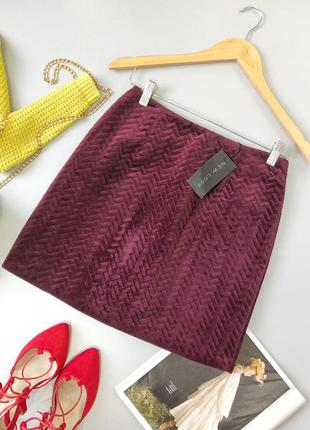Красивая плотная велюровая юбка с тиснением new look