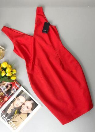 Cтильное платье-футляр на подкладке zara