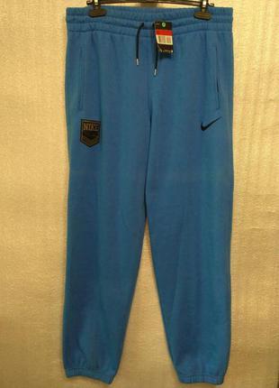 Спортивные штаны утепленные nike sportswear, l