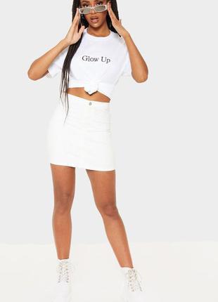 Базовая белая джинсовая юбка