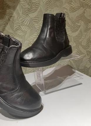 Syssy стильные ботиночки на девочку кожаные 28р