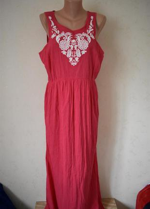 Красивое новое платье с вышивкой george
