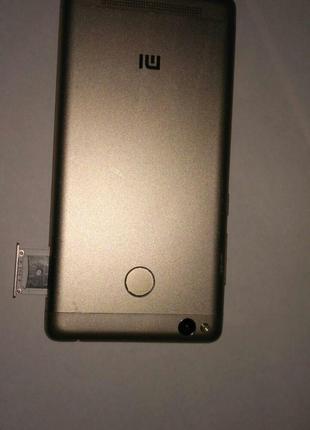 Xiaomi Redmi 3S 2/16gb без батареи