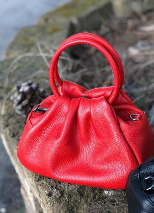 Красные кожаные сумочки с круглыми ручками borse in pelle италия