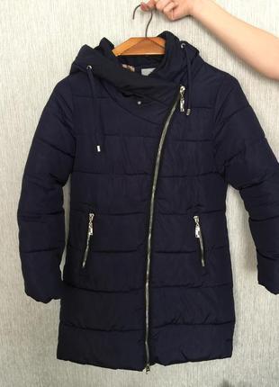 Зимова куртка,пуховик